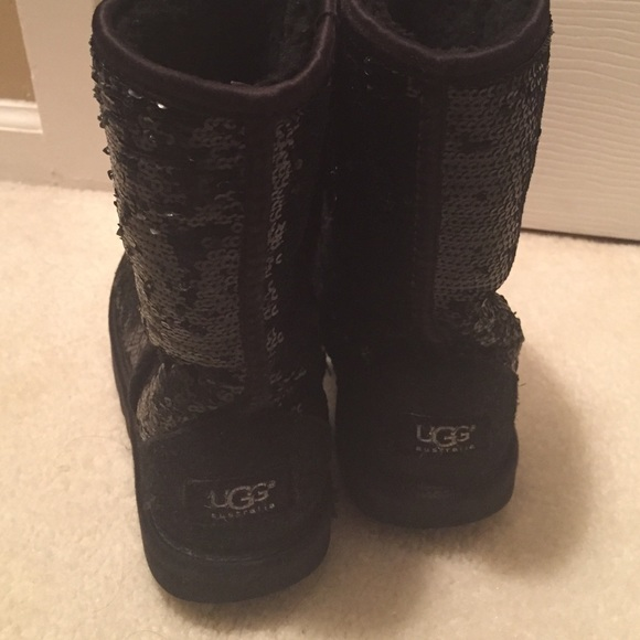 uggs cleaning water stain