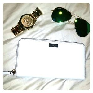 White Kate spade wallet