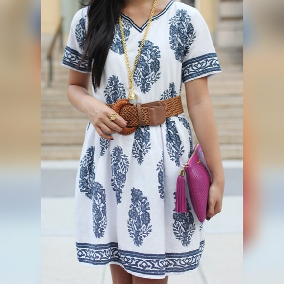 Chicwish Dresses & Skirts - FINAL MARKDOWN: Navy and White Floral Dress