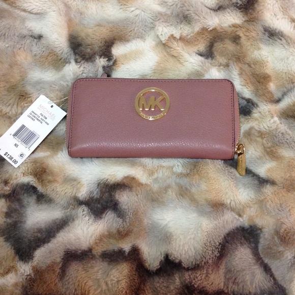 30a1ed9c2a374d Michael Kors Bags | Fulton Wallet In Dusty Rose | Poshmark