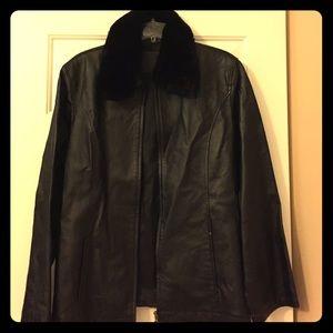 Jackets & Blazers - Black Faux fur collar leather jacket