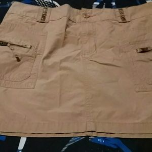 A size 6 Old Navy Skirt