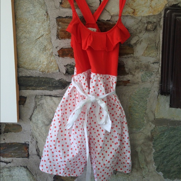 Abercrombie & Fitch Dresses & Skirts - A+F orange ruffle dress w/ polka dots. Sz m