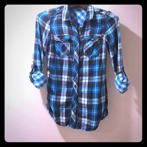 H&M Tops - Blue plaid shirt