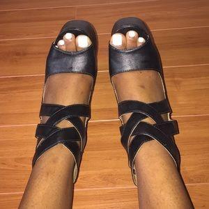 Black half heel shoes