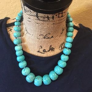 Jewelry - Hand knotted turquoise necklace