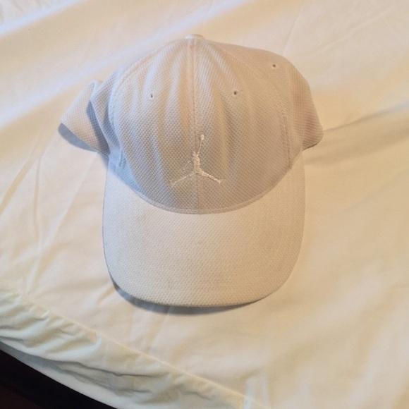 2141182ec9d ... sale white jordan hat mens 26f12 6d84f