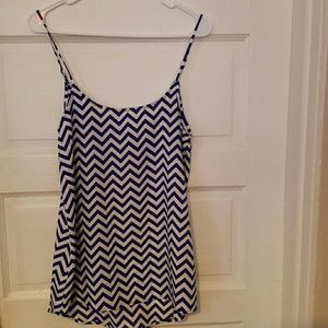 Boutique brand (Everly) chevron print tank