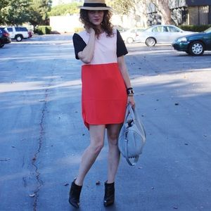 Dresses & Skirts - Color Block Dress