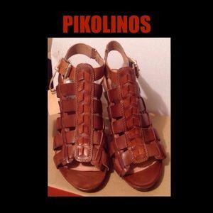 Pikolinos Shoes - SALE 👡 Pikolinos Roses Gladiator Sandal 👡