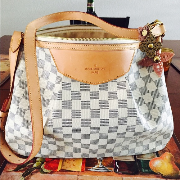 e8922d0ae033 ... siracusa mm louis vuitton price louis vuitton neverfull damier mm