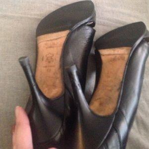 Jimmy Choo Shoes - Cut out jimmy choo pumps