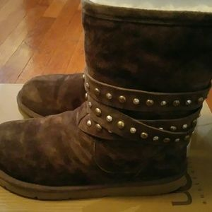 *****SOLD******STUDDED UGGS!!