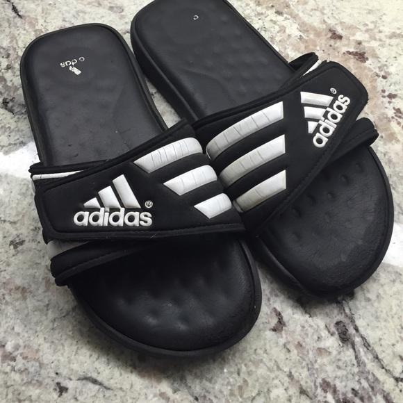 le adidas mens dimensioni 7 diapositive sandali poshmark