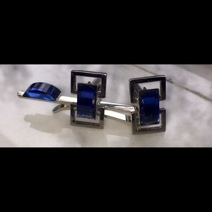 Vintage Other - VINTAGE SILVER BLUE STONS TIE CILP AND CUFFLINKS