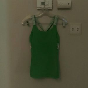 Adorable Green Lululemon Top Size 4