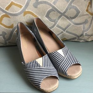 Toms Striped Wedges