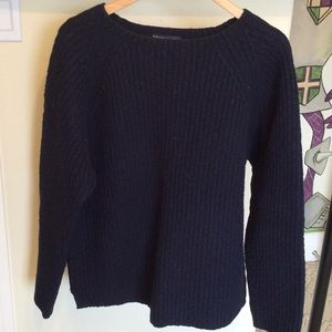 Abercrombie and Fitch ribbed navy blue sweater
