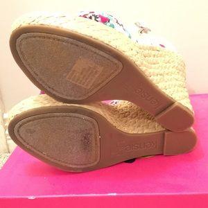 b03a1067a4e5 Kensie Shoes - New kensie wedge beach sandals size 7