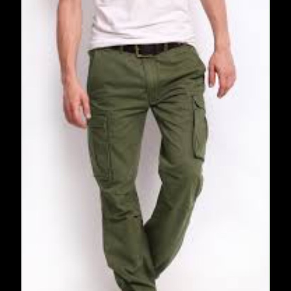 67% off Levi's Other - Mens Green Cargo Pants Levis from Leisa's ...