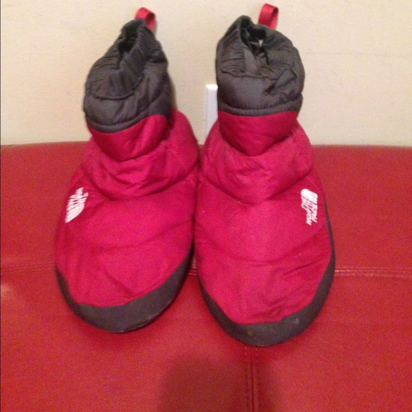 7a22cfaef The North Face 700 Fill down Slippers tent Booties
