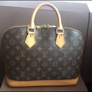 100% Authentic Louis Vuitton Monogram Alma