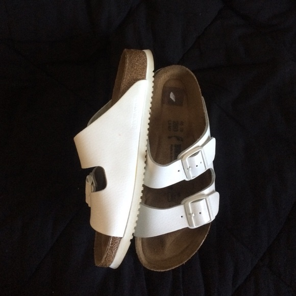 21fc4eeef9bf20 Birkenstock Shoes - Good condition. Bought them used