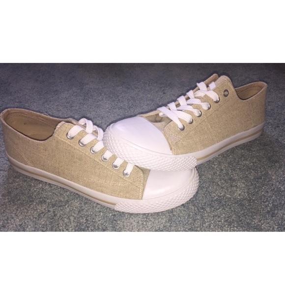 Airwalk Shoes - Women s 9.5 Tan Airwalk Retro Oxford 65c9f9c9d5
