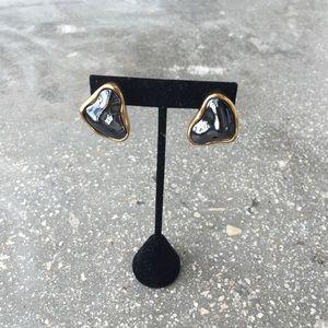 Black mod clip on earrings