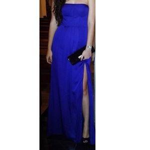 BCBGMAXAZRIA Enyas Strapless Gown