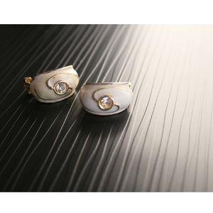 Veda clip on vintage earrings