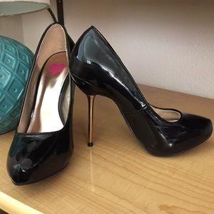 Bebe black stiletto heels (size 6)