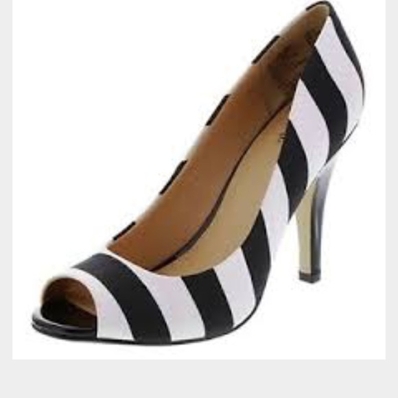 Free shipping and returns on Women's White Pump Heels at senonsdownload-gv.cf