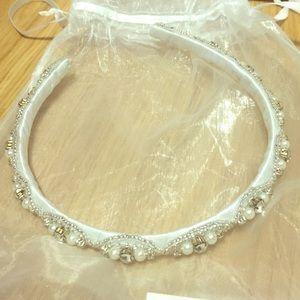Bridal headband with beading