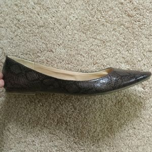 Old Navy Shoes - Faux snakeskin flats