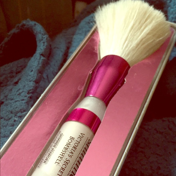 a3537a15bd29d Victoria Secret Shimmer Powder BOMBSHELL Boutique