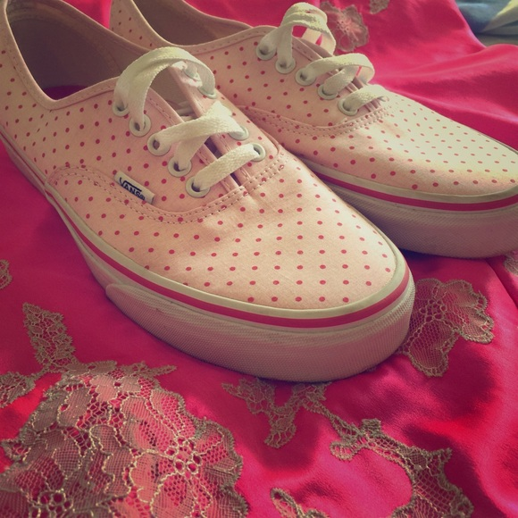 pink polka dot vans