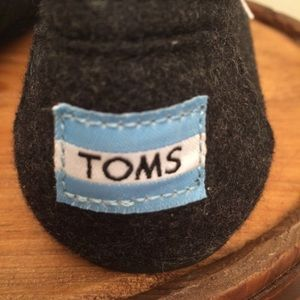 a1b44e6ba15 TOMS Shoes - Classic Wooly Fleece-Lined Slip-On-Toms