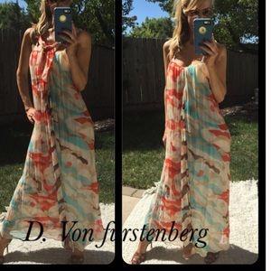 7a29cf28b5 Diane von Furstenberg Dresses - 🎉 Anniversary Sale 🎉 Stunning DVF Maxi  Dress