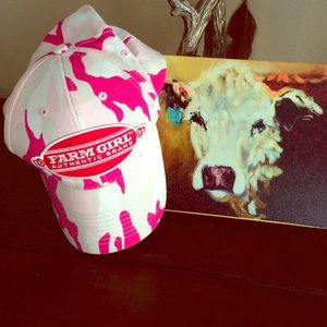 Accessories - farm girl trucker cap.