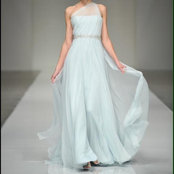Goddess Wedding Gown: Grecian Goddess Wedding Dress