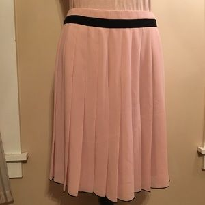 NWOT Limited pink pleated skirt