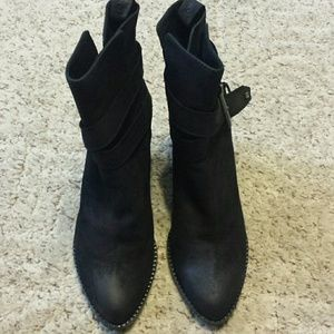 C'N'C Costume National ankle boots