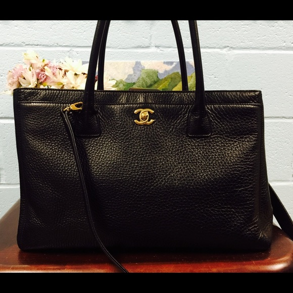 Authentic Chanel Leather executive Cerf Tote Bag