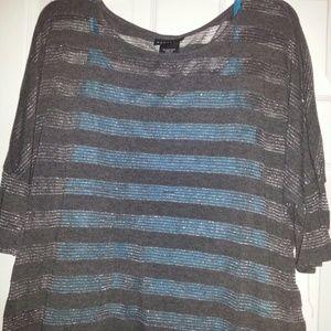Xl sheer hi-lo 3/4 sleeve shirt