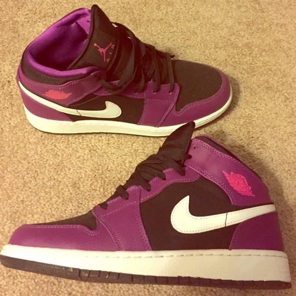 3eb47064757 Purple old school Jordans. M_560b16a4729a66eabb01efe7