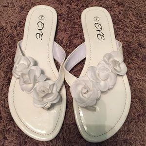 Eve Shoes - Flip flops