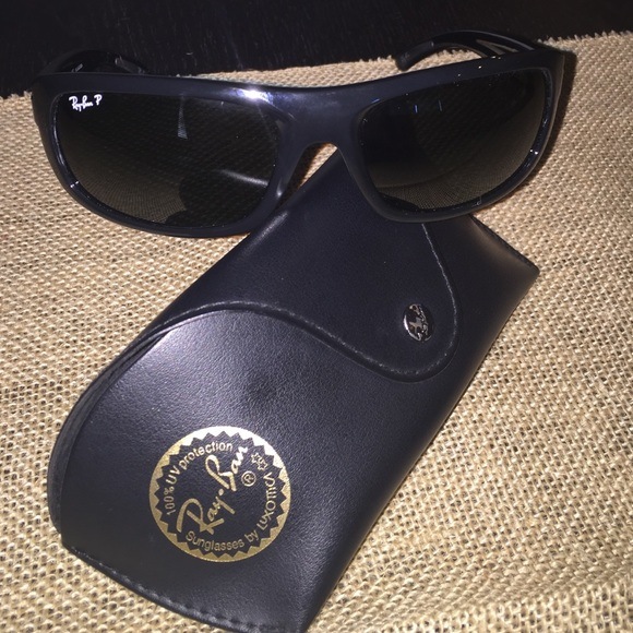 68186b3775 Ray-Ban Accessories - Ray ban polarized sunglasses. model 4166