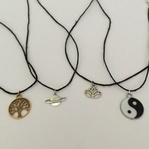 🌟HOST PICK🌟 4 Tumblr Choker Necklaces very cute
