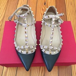 Valentino Shoes - 1 day sale! 🎉🎉Authentic Valentino Rockstud flat